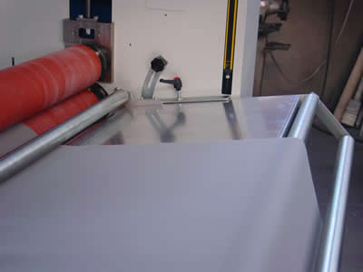 Acoustic foam sealing packaging solutions - Laminator